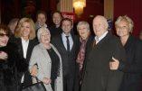 Les stars entourent Macron et Mélenchon : la politique-spectacle à la rescousse…