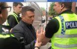 Tommy Robinson, fondateur de l'English Defence League et dénonciateur des réseaux pédophiles pakistanais, en prison