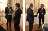Emmanuel Macron a reçu un buste maçonnique
