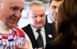 Le pape François dit non au mariage des prêtres mais oui à des prêtres mariés
