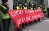 Des gilets jaunes belges manifestent devant la Banque Rothschild avec l'eurodéputé allemand Udo Voigt