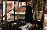 A Bruxelles, une crèche de Noël a été volontairement incendiée