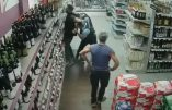 Dictature sanitaire : Des gendarmes interpellent un magasinier pour port du masque non conforme