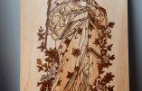 Pyrogravure en hommage à la Sainte Vierge pour sa fête du 15 août